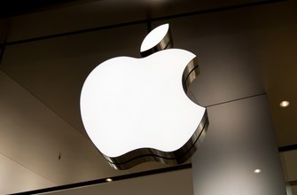 Federal judge okays class action lawsuit against Apple