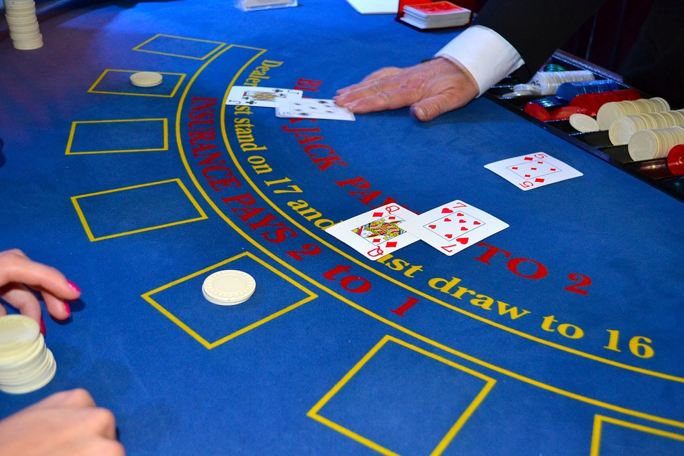 BlackJack tips for better odds and BlackJack App review