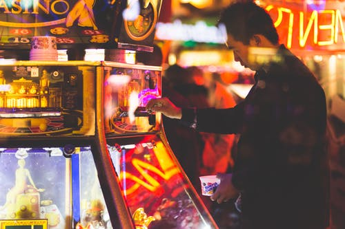 Smartphone gamblers bet more, study finds - appPicker