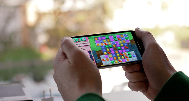 Mobile Gaming Revenue Passes Console and PC in Show of Force - appPicker