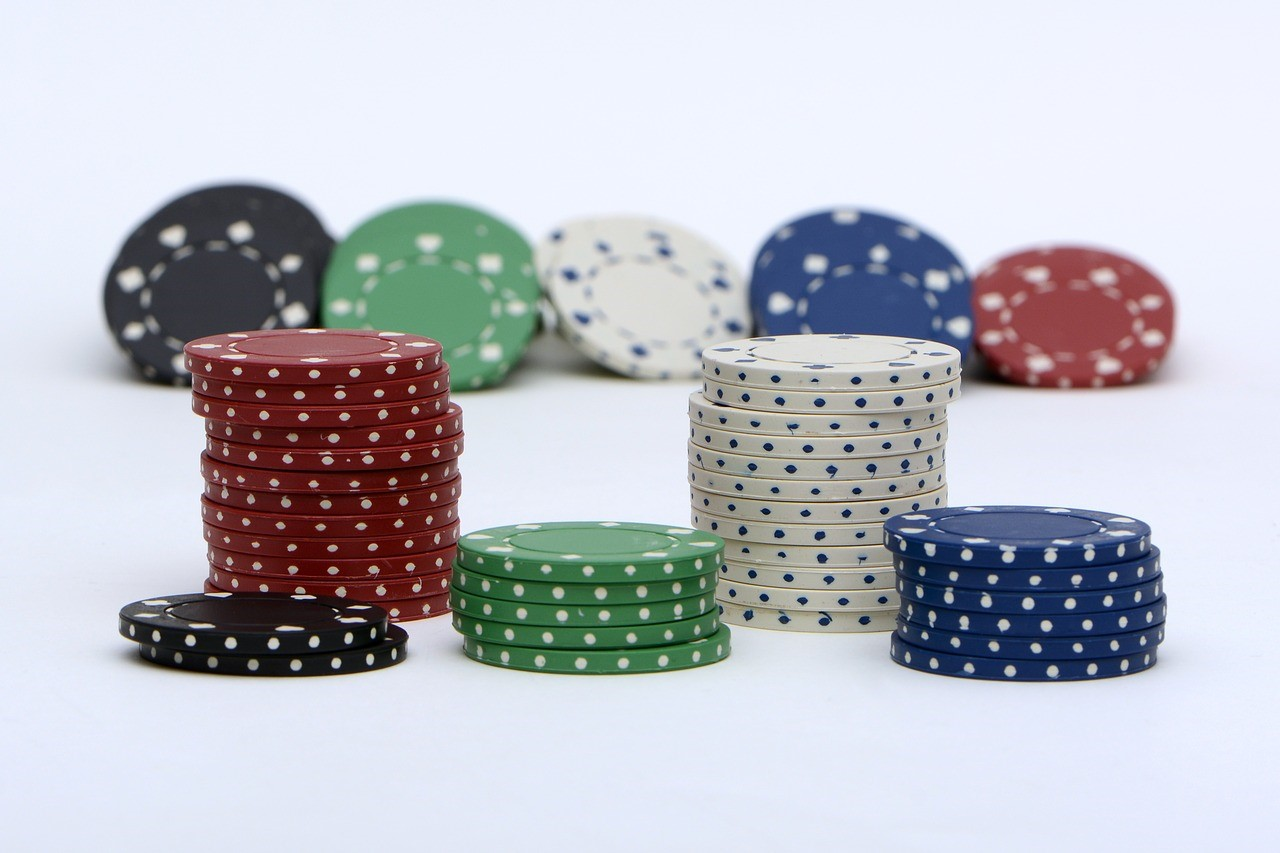 Capitalizing on the Rise of Mobile Poker - appPicker