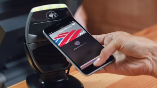 Cashiers' confusion over Apple Pay